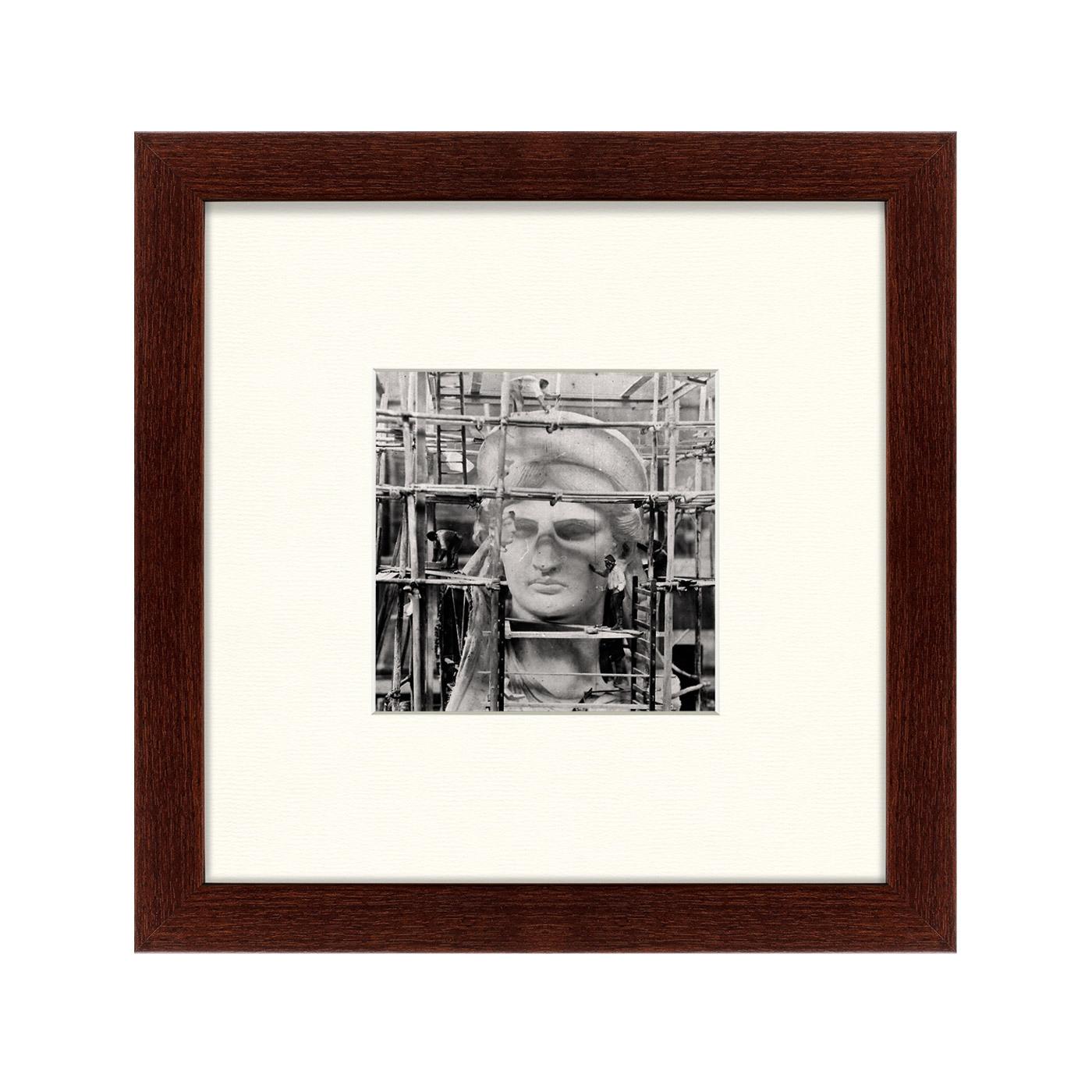 {} Картины в Квартиру Картина Строительство Статуи Свободы (35х35 см) картины в квартиру картина бульдоги в шотландской клетке 35х35 см