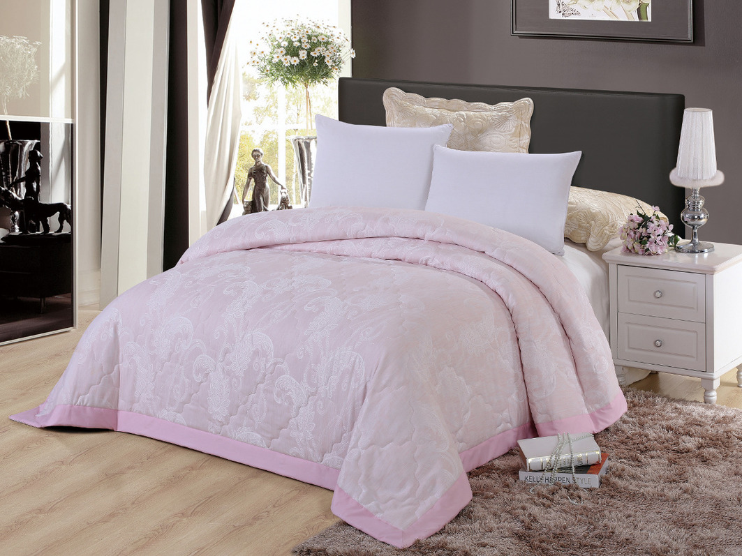 цены Покрывало Cleo Покрывало Виктория 291 Цвет: Розовый (220х240 см)