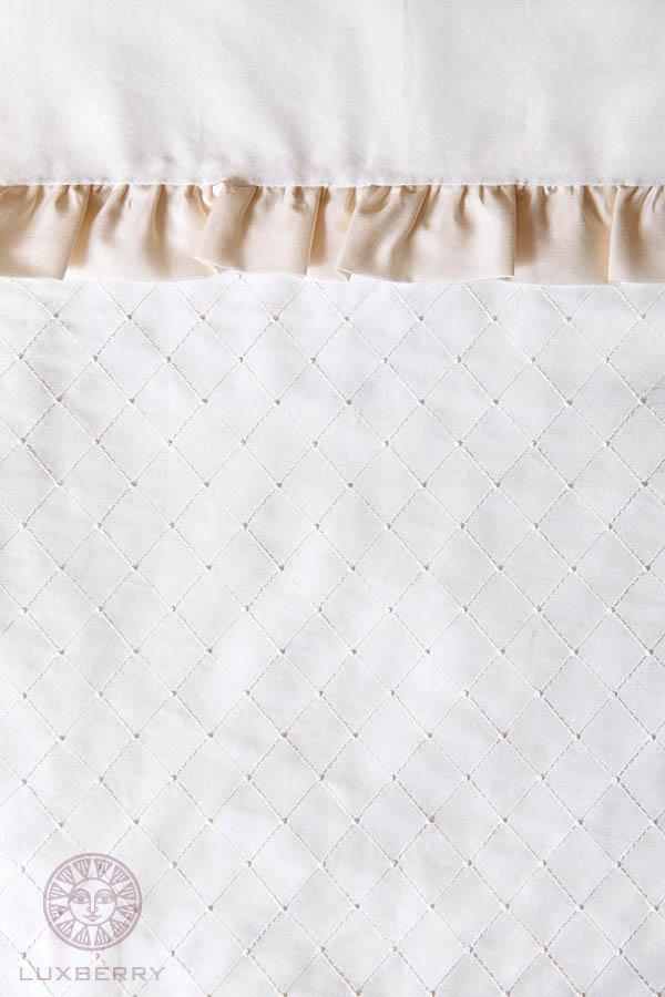 Детское постельное белье и комлекты Luxberry Чехол для бампера Queen Цвет: Белый/Бежевый бампера на приору в ростове