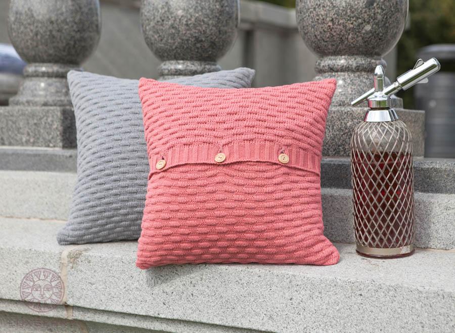 Декоративные подушки Luxberry Декоративная наволочка Lux43 Цвет: Ягодный                                                                                                         (40х40) плед luxberry imperio 10 умбра