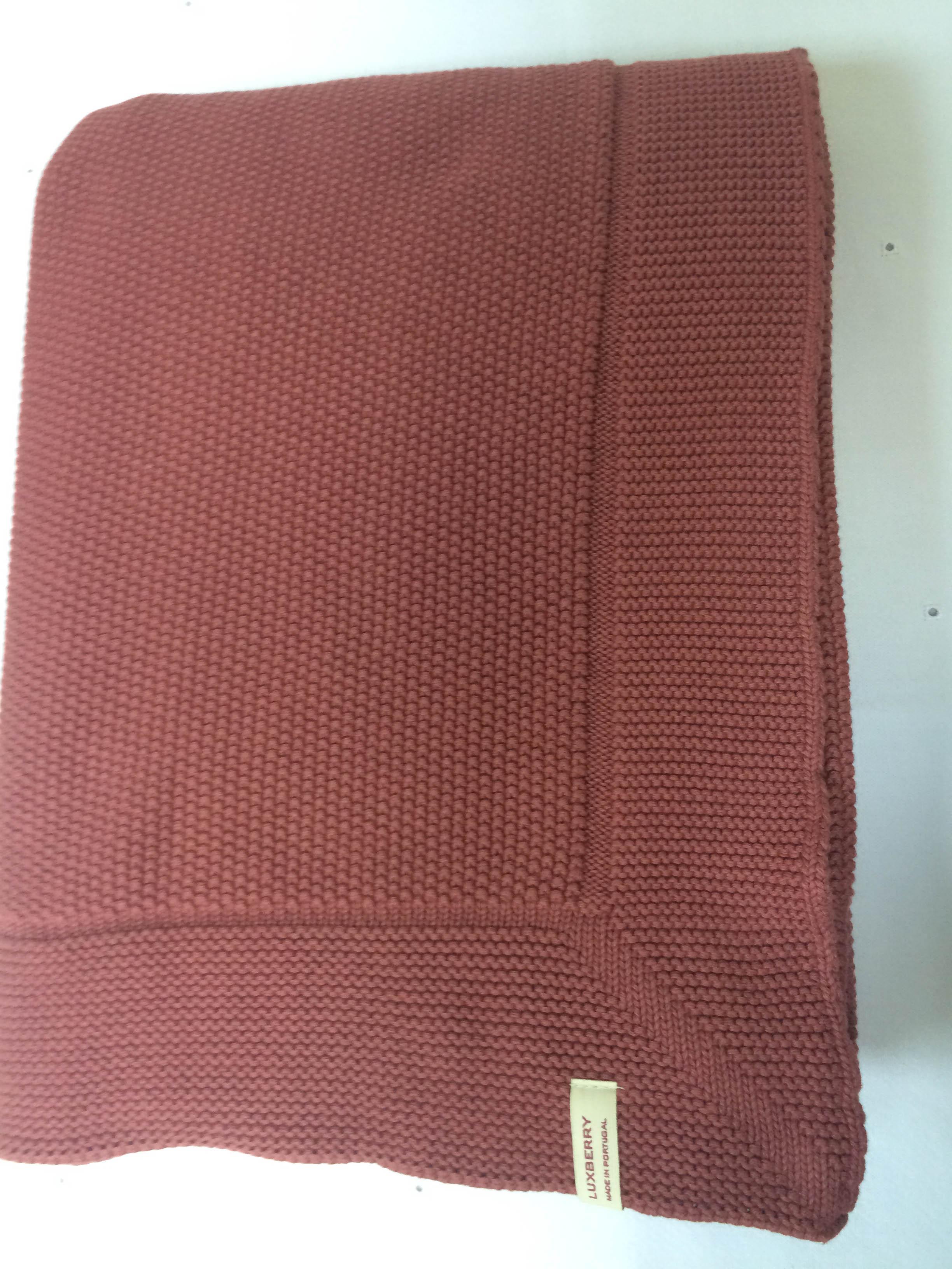 Плед Luxberry Плед Lux42 Цвет: Терракотовый                                                                                                                      (150х200 см) плед luxberry imperio 10 умбра