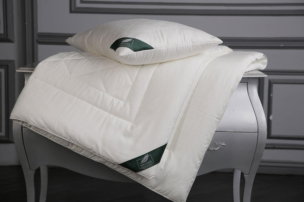 Одеяла ANNA FLAUM Одеяло Bamboo Всесезонное (150х200 см) одеяла anna flaum одеяло flaum herbst 150х200 всесезонное