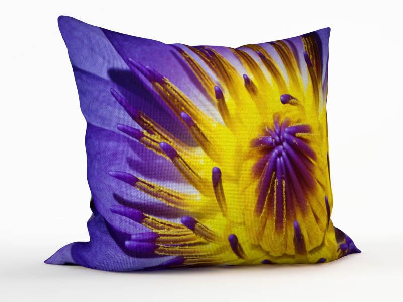 Декоративные подушки StickButik Декоративная подушка Лиловый Цветок (45х45)