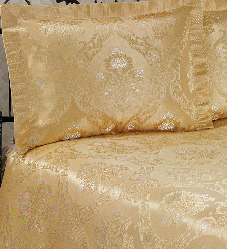 Покрывало NAZSU Покрывало Damask Цвет: Золотой (240х260 см) покрывало karna вельсофт с вышивкой damask 160x220 см 1184141