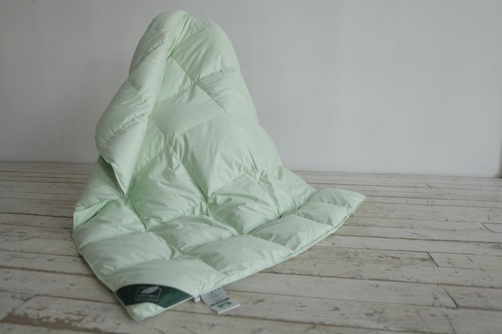 Одеяла ANNA FLAUM Одеяло Sommer Всесезонное (150х200 см) одеяла anna flaum одеяло flaum herbst 150х200 всесезонное