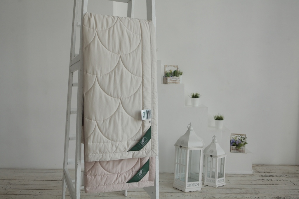 Одеяла ANNA FLAUM Одеяло Farbe Легкое Цвет: Серый (150х200 см) одеяла anna flaum одеяло flaum herbst 150х200 всесезонное