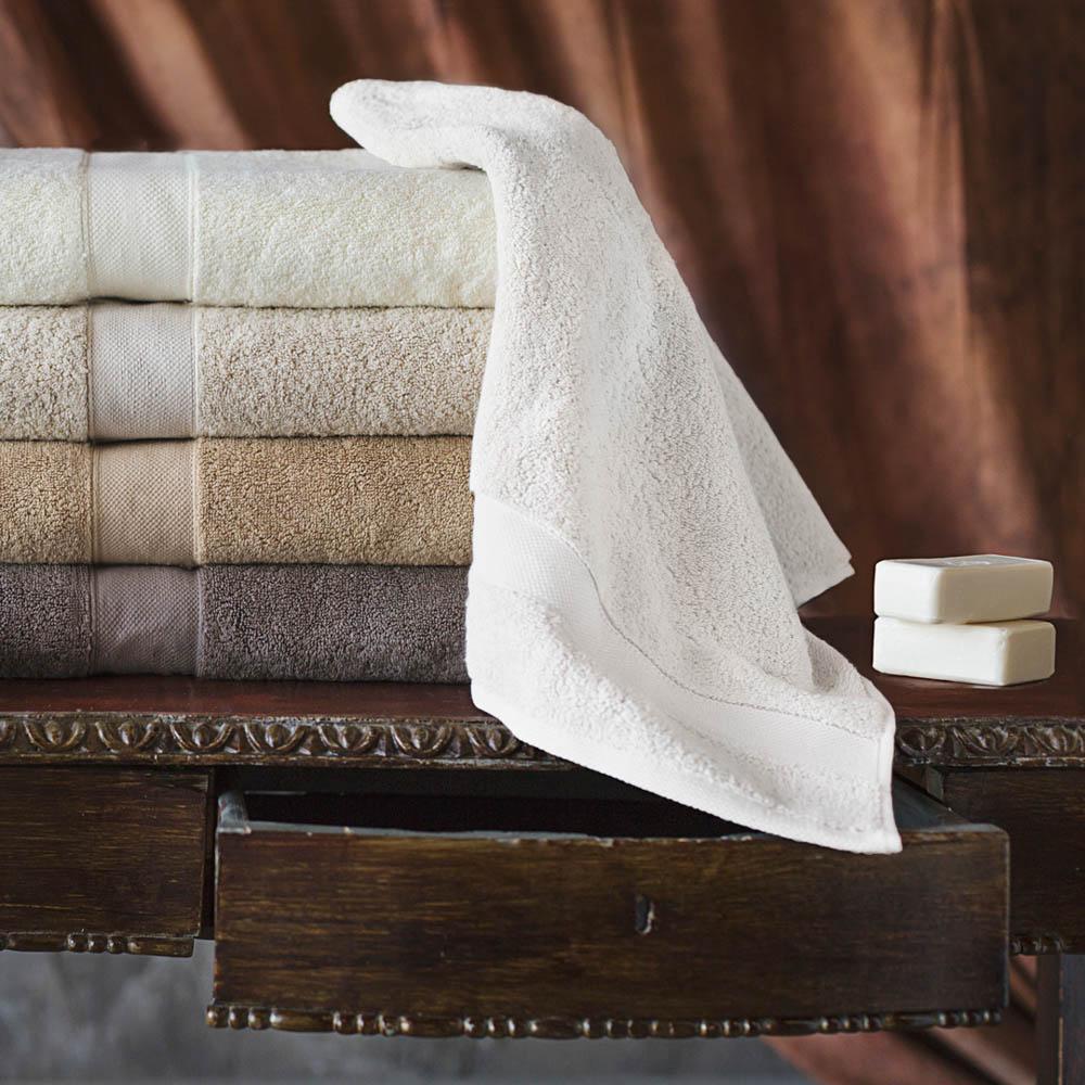 Полотенца William Roberts Полотенце банное Aberdeen Цвет: Brilliant White (Белый) (70х140 см)