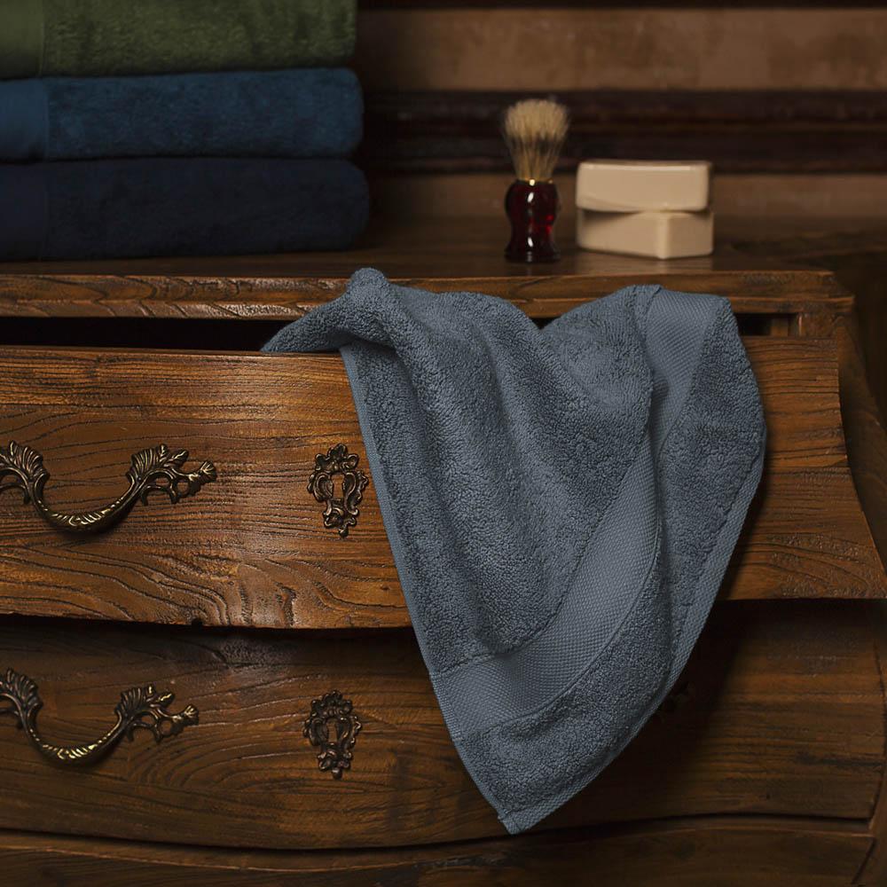Полотенца William Roberts Полотенце банное Aberdeen Цвет: Queen Shadow (Серо-Голубой) (70х140 см) the shadow queen
