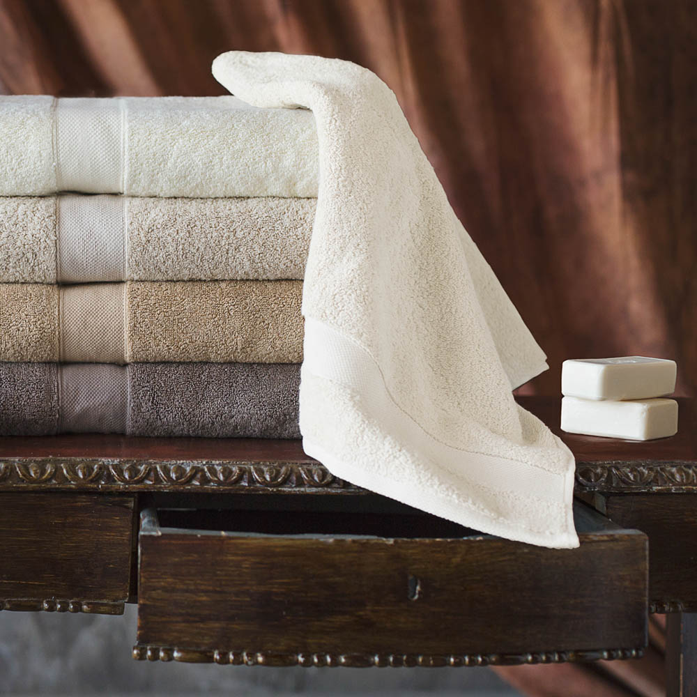 Полотенца William Roberts Полотенце банное Aberdeen Цвет: White Rose (Молочный) (70х140 см)