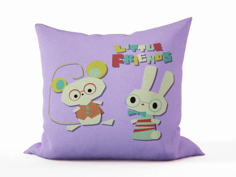 Декоративные подушки StickButik Декоративная подушка Маленькие Друзья (45х45)