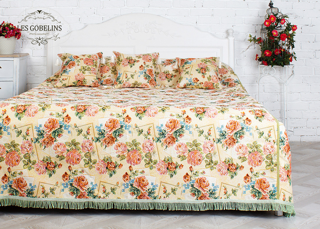 где купить Покрывало Les Gobelins Покрывало на кровать Rose delicate (260х240 см) по лучшей цене
