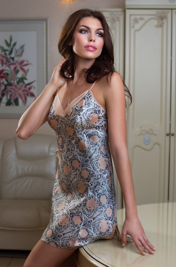 Ночные сорочки Mia-Mia Ночная сорочка Diora (xS) павлово посадский шелк