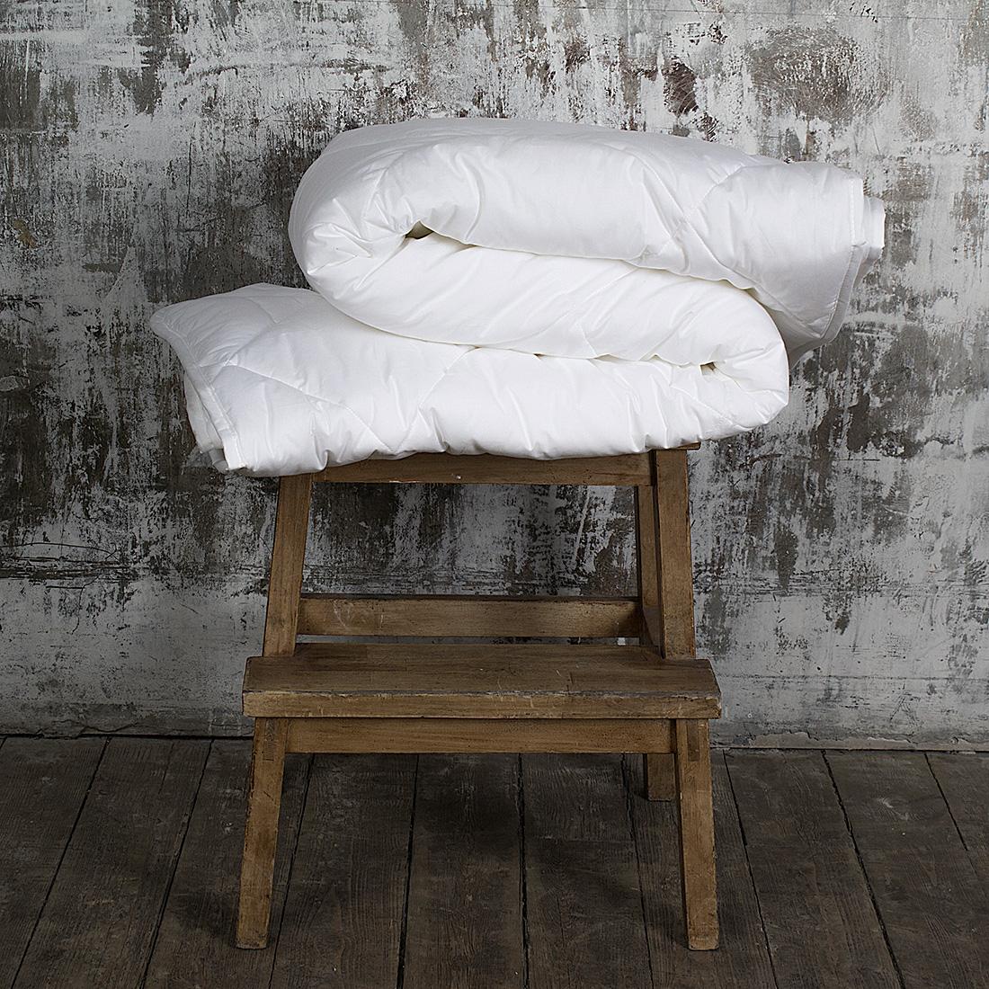 где купить Одеяла William Roberts Одеяло Essential Bamboo Всесезонное (200х220 см) по лучшей цене
