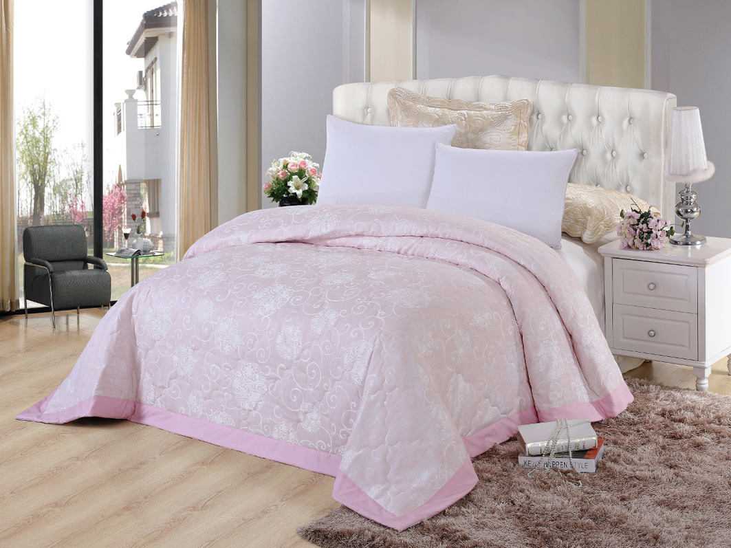 Пледы и покрывала Cleo Покрывало Виктория 292 Цвет: Розовый (240х260 см)