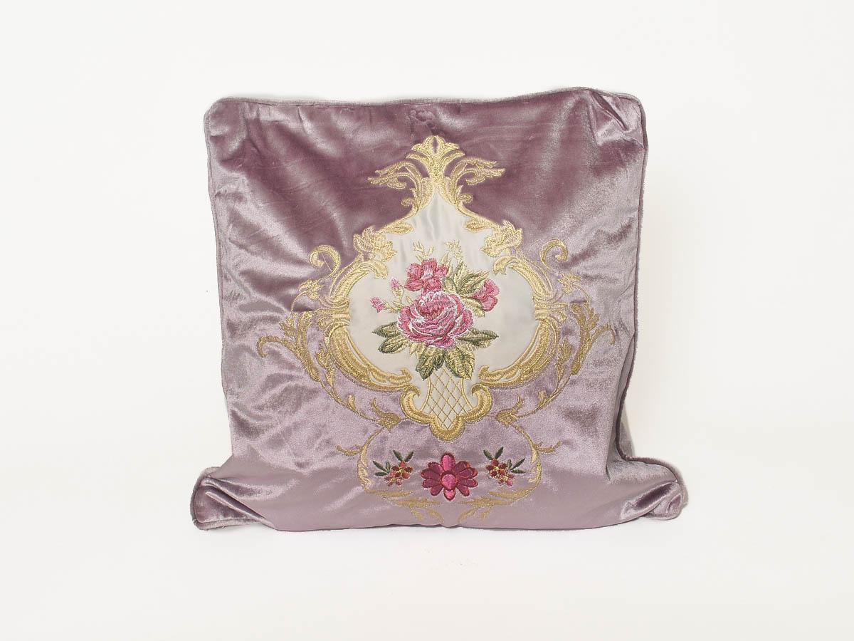 Купить Декоративные подушки Cleo, Декоративная наволочка Sandie (45х45), Китай, Сиреневый, Фиолетовый, Синтетический велюр