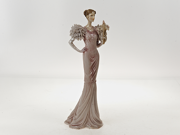 Статуэтки и фигурки ENS GROUP Статуэтка Lady (13х13х36 см) ens group статуэтка юная дева 9х11х31 см
