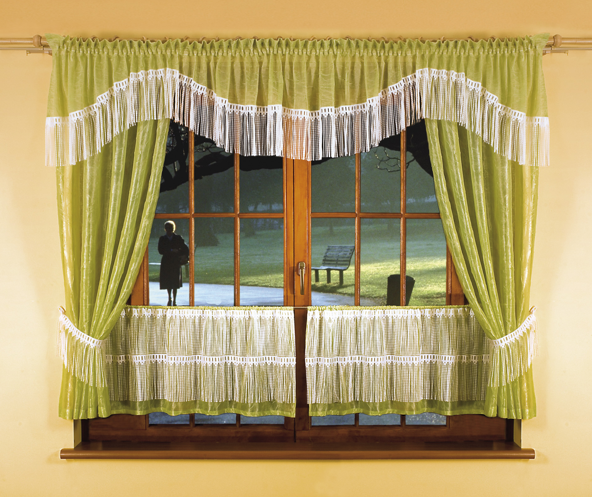 Шторы на два окна своими руками фото