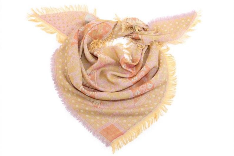 Накидка-палантин Micha (97х97х145 см) фото