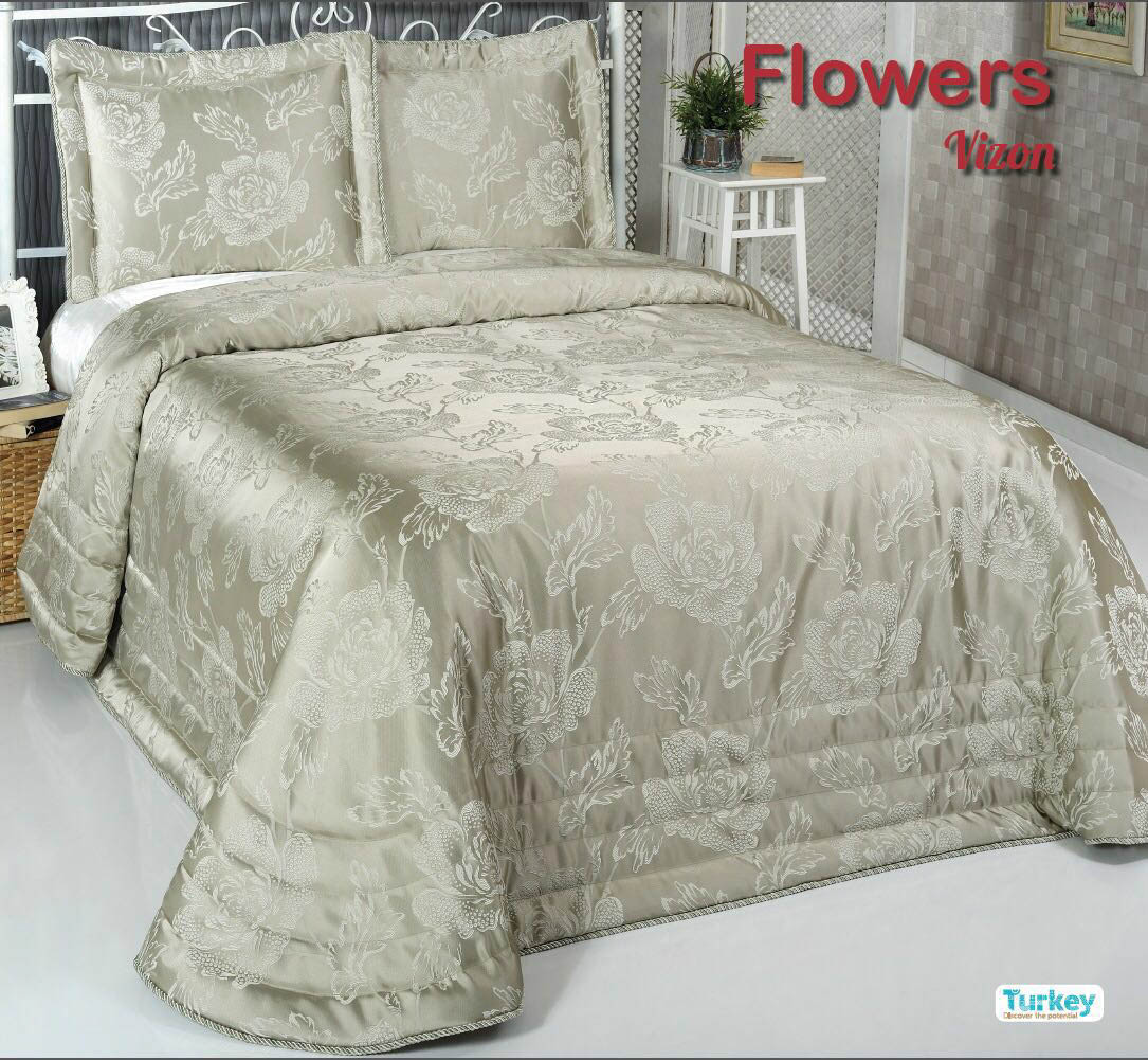 Пледы и покрывала DO'n'CO Покрывало Flowers Цвет: Зелёный (240х260 см)