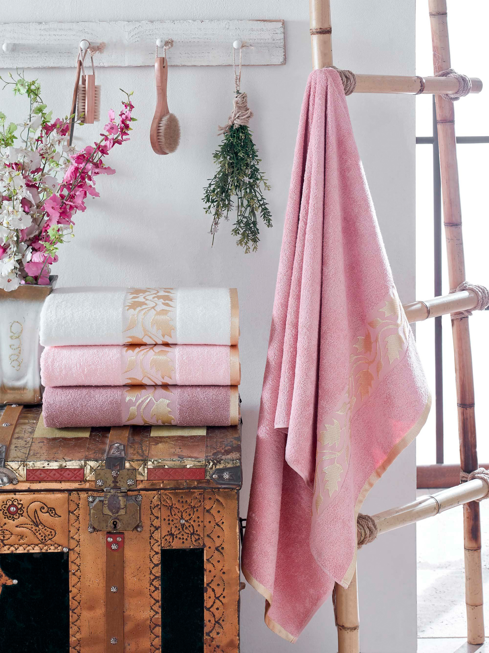 Купить Полотенца DO'n'CO, Полотенце Acacia (50х90 см - 4 шт), Турция, Розовый, Бамбук