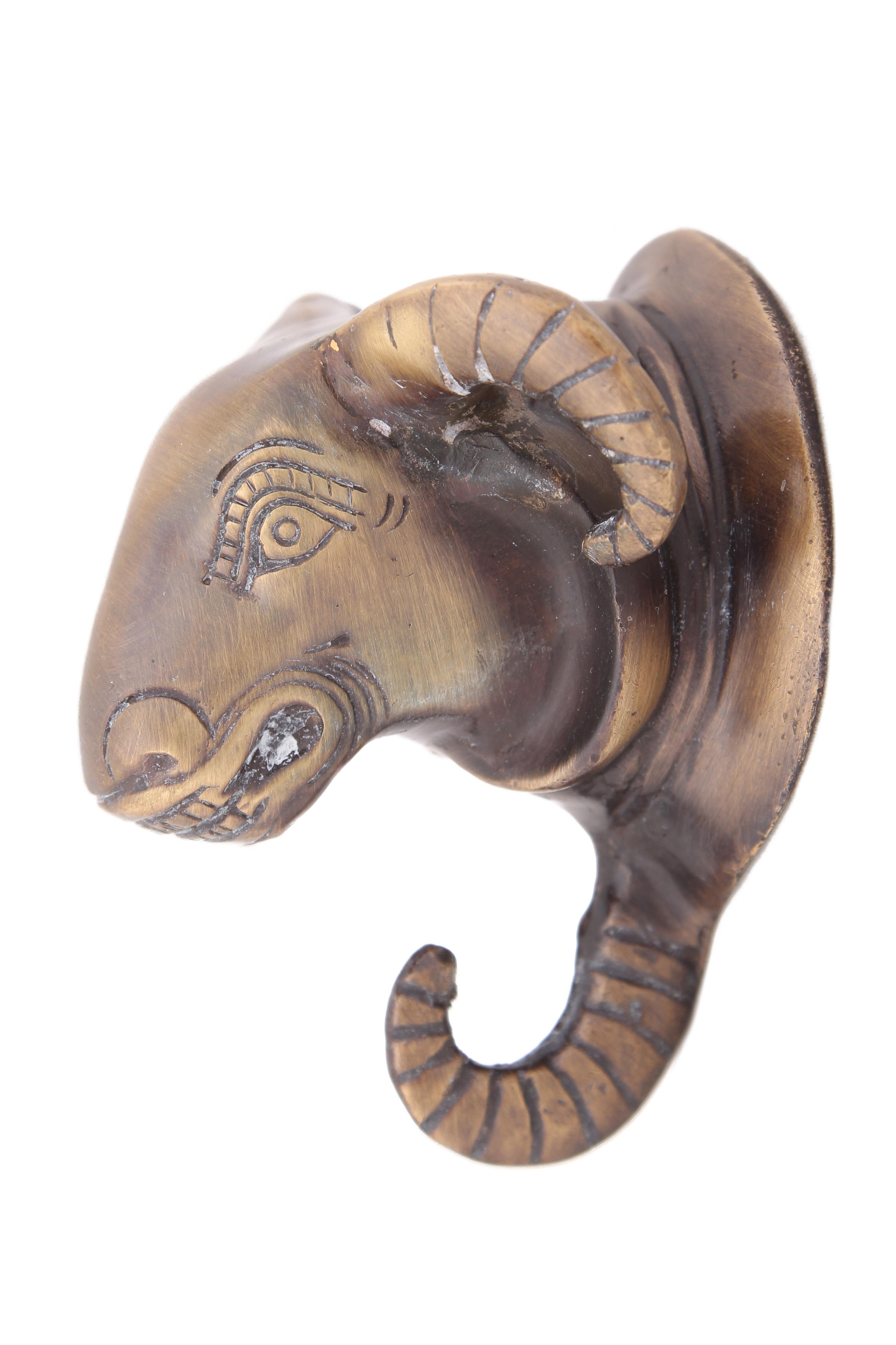 Вешалки-плечики Ганг Крючок Голова Барана (7х7х10 см)