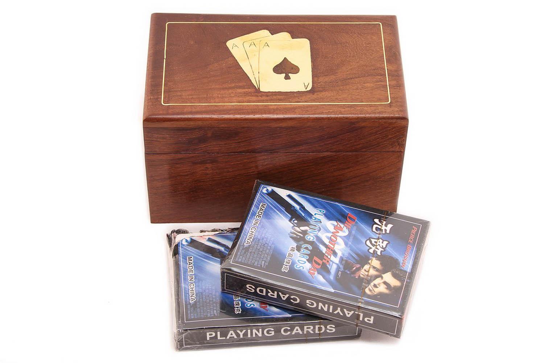 Игральные карты в деревянном футляре (7х8х12 см) фото