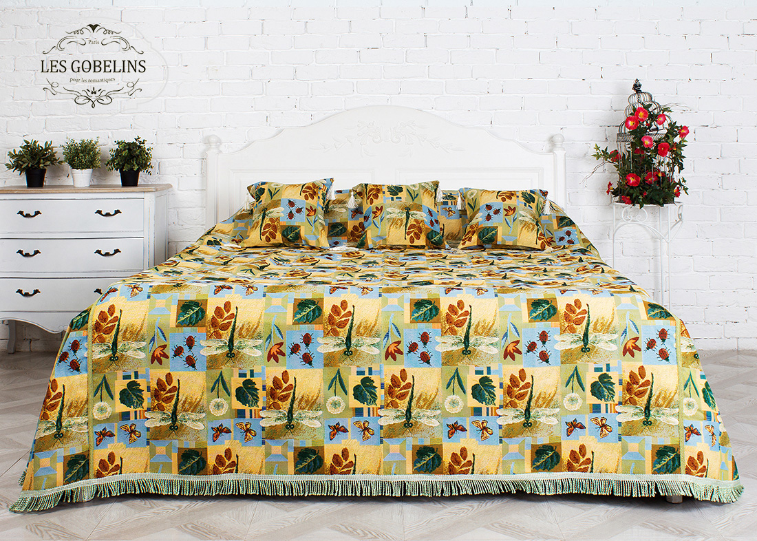 Покрывала, подушки, одеяла для малышей Les Gobelins Детское Покрывало на кровать libellule (240х260 см)