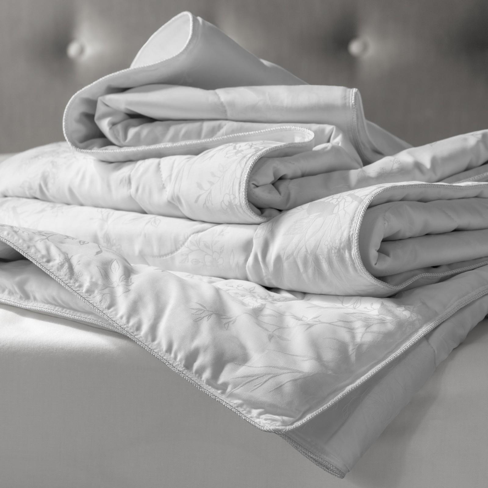 Купить Одеяла Togas, Одеяло Лотос (220х240 см), Греция, Белый, Хлопковый жаккард