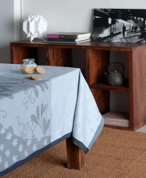 Купить Скатерти и салфетки Lencera, Скатерть Caprifolia Цвет: Серый (160х250 см), Испания, Жаккард