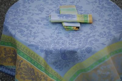 Купить Скатерти и салфетки Lencera, Скатерть Cotignac Цвет: Синий (160х250 см), Испания, Жаккард