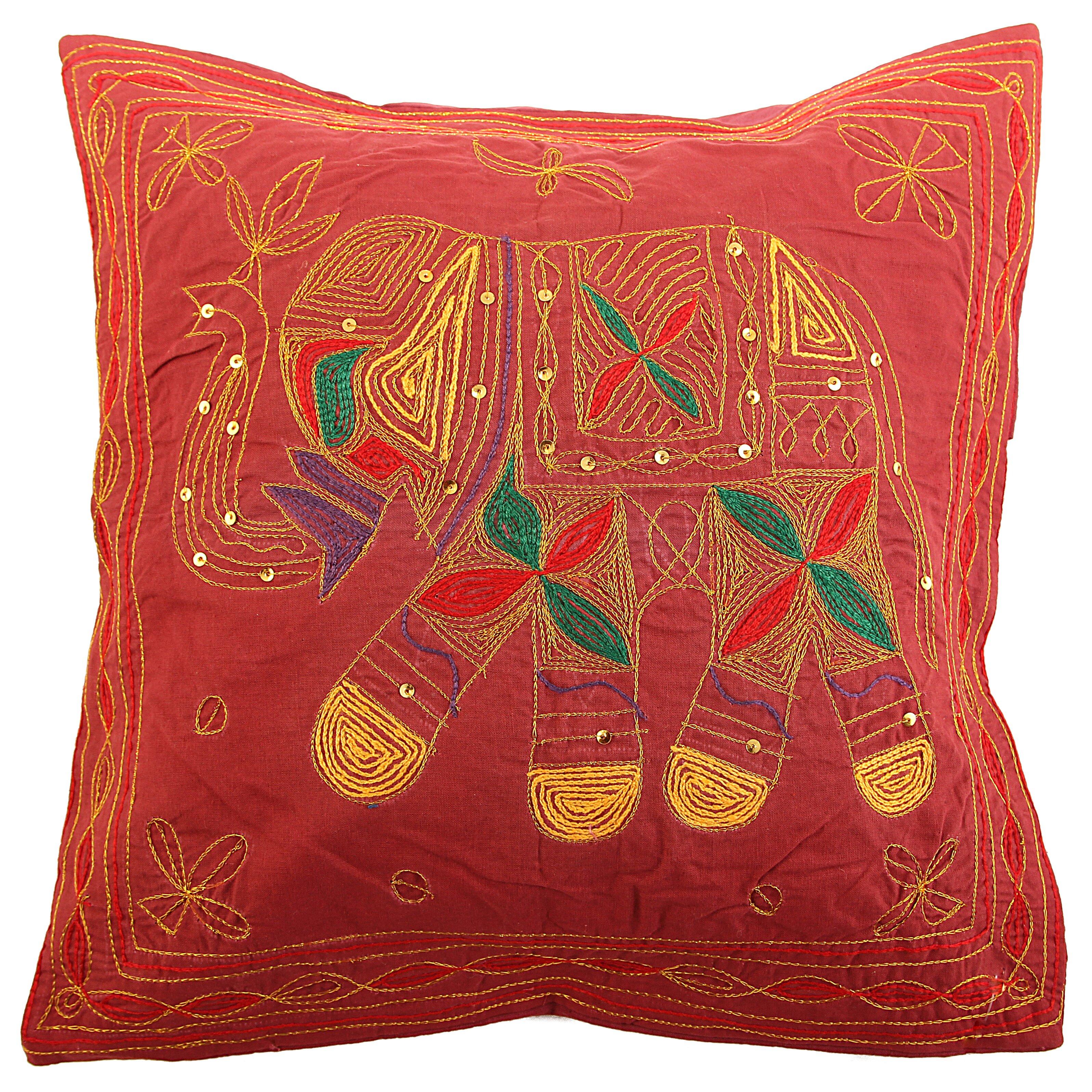 Декоративные подушки Ганг Декоративная наволочка Слон Цвет: Бордовый (40х40)