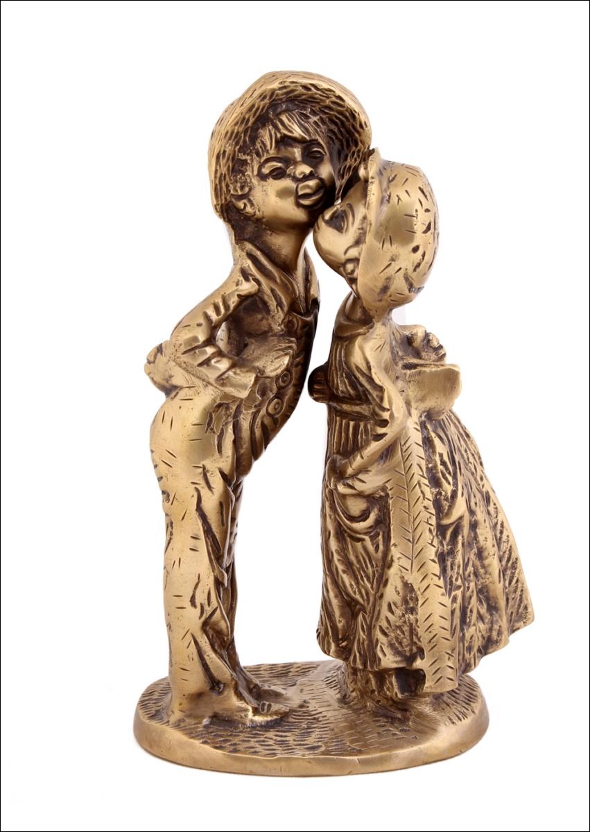 Статуэтки и фигурки Ганг Фигурка Целующиеся дети (9х13х22 см) ганг зонтница shayna 30х30х60 см